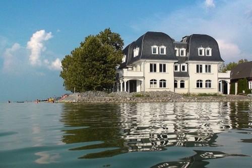 Vente d'une maison de Luxe sur le Lac Balaton